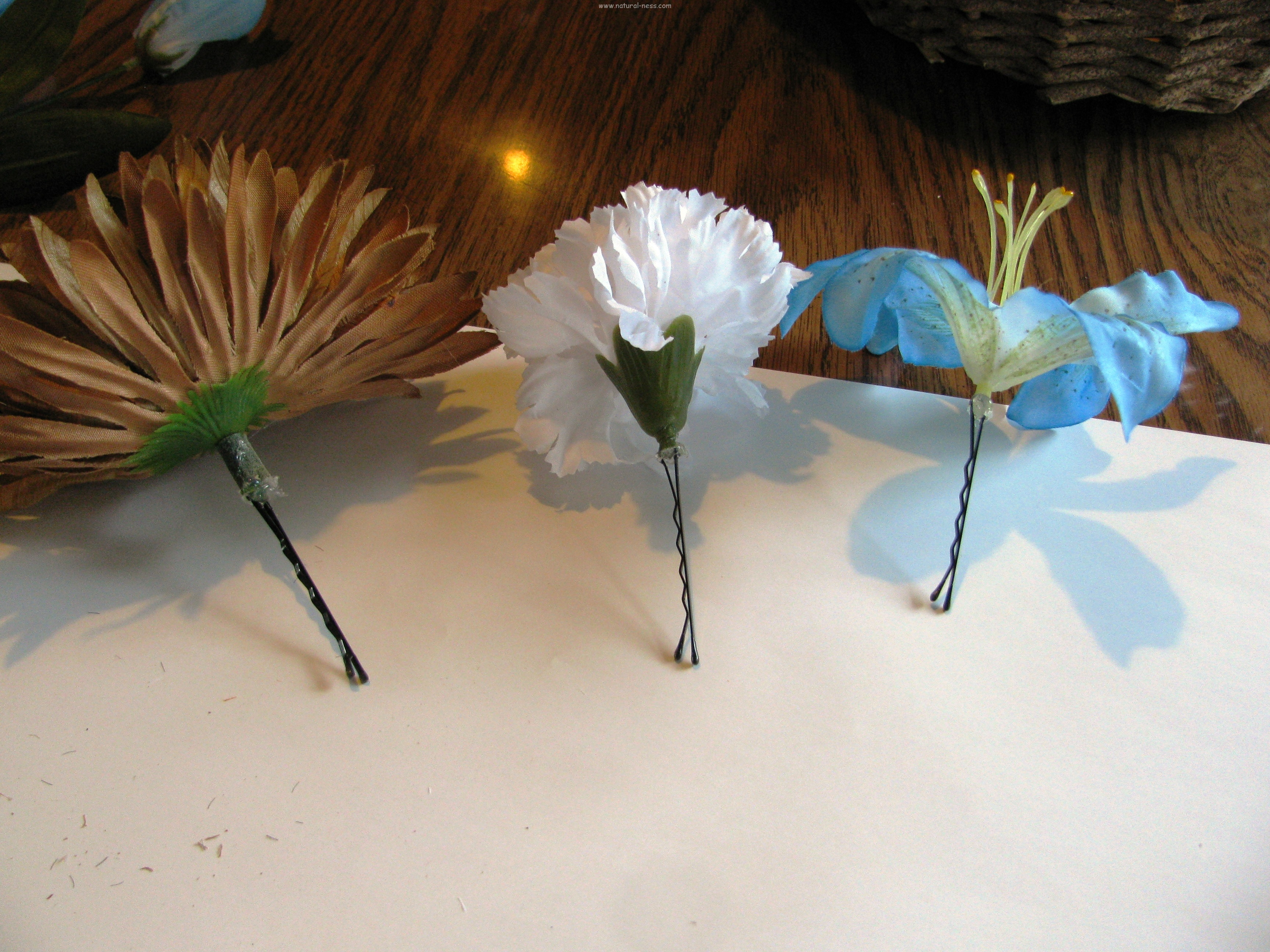 Here Is What The Flowers Look Like After Being Attached To Bobby Pins